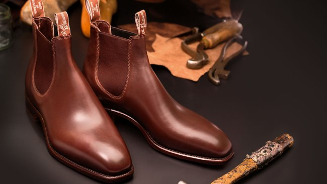 822564-130323-boots