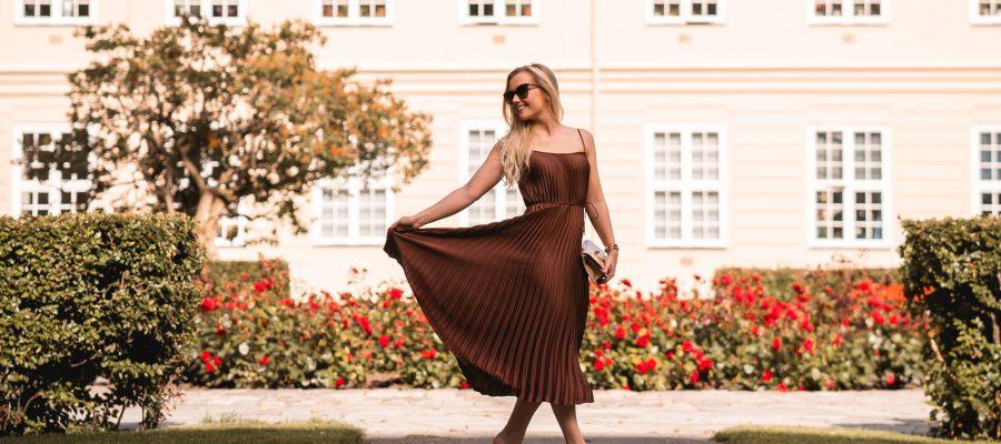 500fbdb8 Det amerikanske motehuset Vince er spesialister på klær med ypperlig  kvalitet, tidløst design og perfekt passform! Deres kolleksjoner kan du ha  i garderoben ...